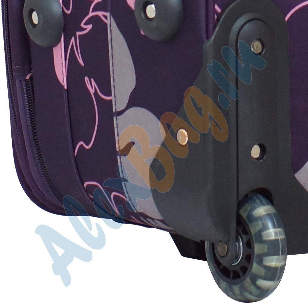 2d0e3ed78287 Средний дорожный чемодан «Parma» фиолетовый с цветками на двух колёсиках