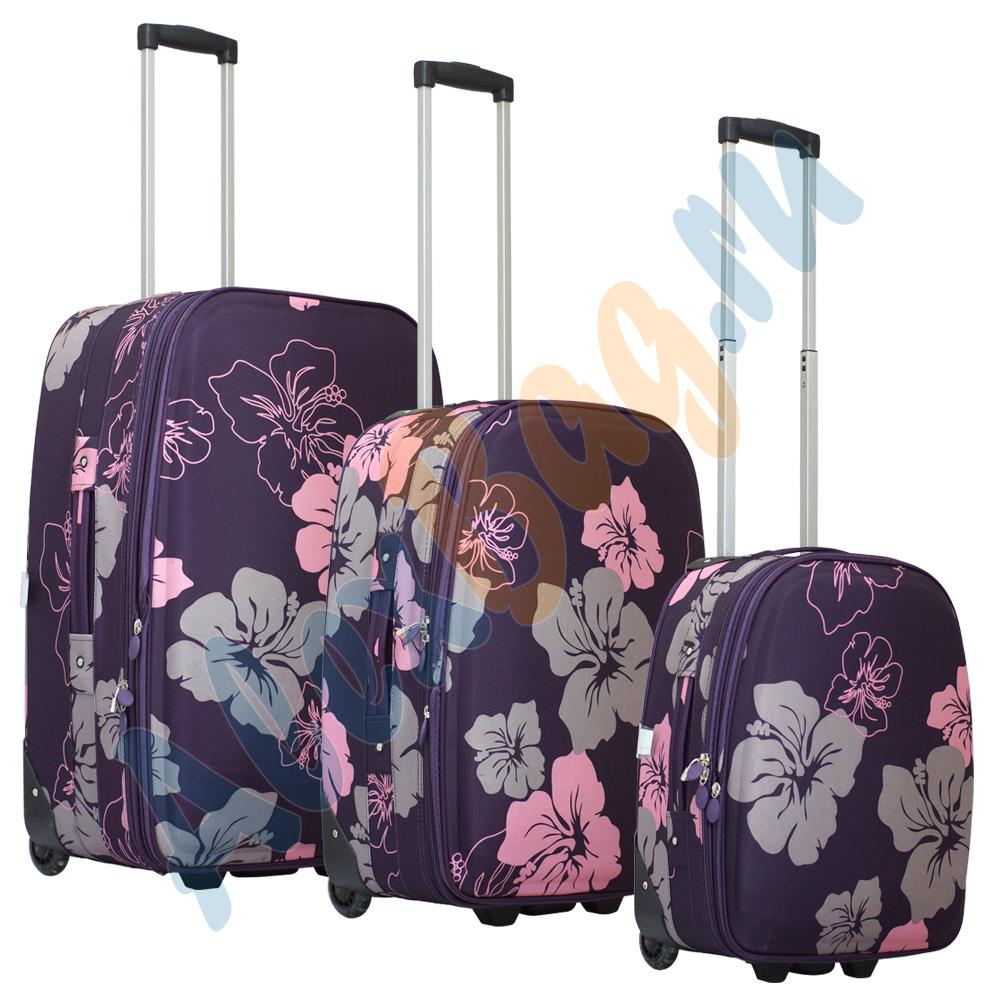 e2e5f986a249 Комплект дорожных чемоданов на колёсиках Parma фиолетовый с цветками